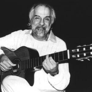 Oscar Castro-Neves