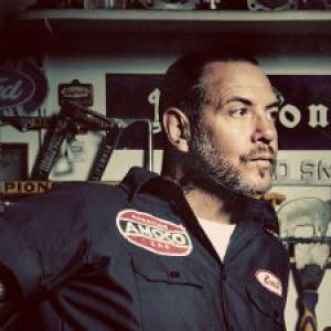Mike Ness
