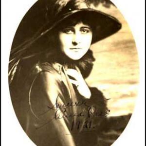 Anna Case